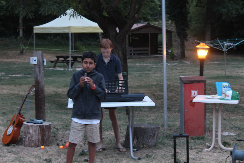 Village Camps International Summer Camp Ardèche, France 2019-07-26 https://www.villagecamps.com/journals_admin/images/2236-7438-TalentShow9 copy.jpg