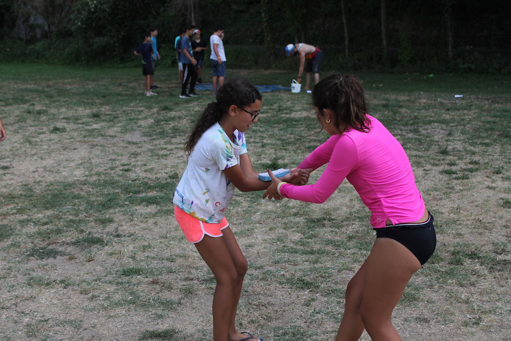 Village Camps International Summer Camp Ardèche, France 2019-07-26 https://www.villagecamps.com/journals_admin/images/2236-7476-WetnWyld5 copy.jpg
