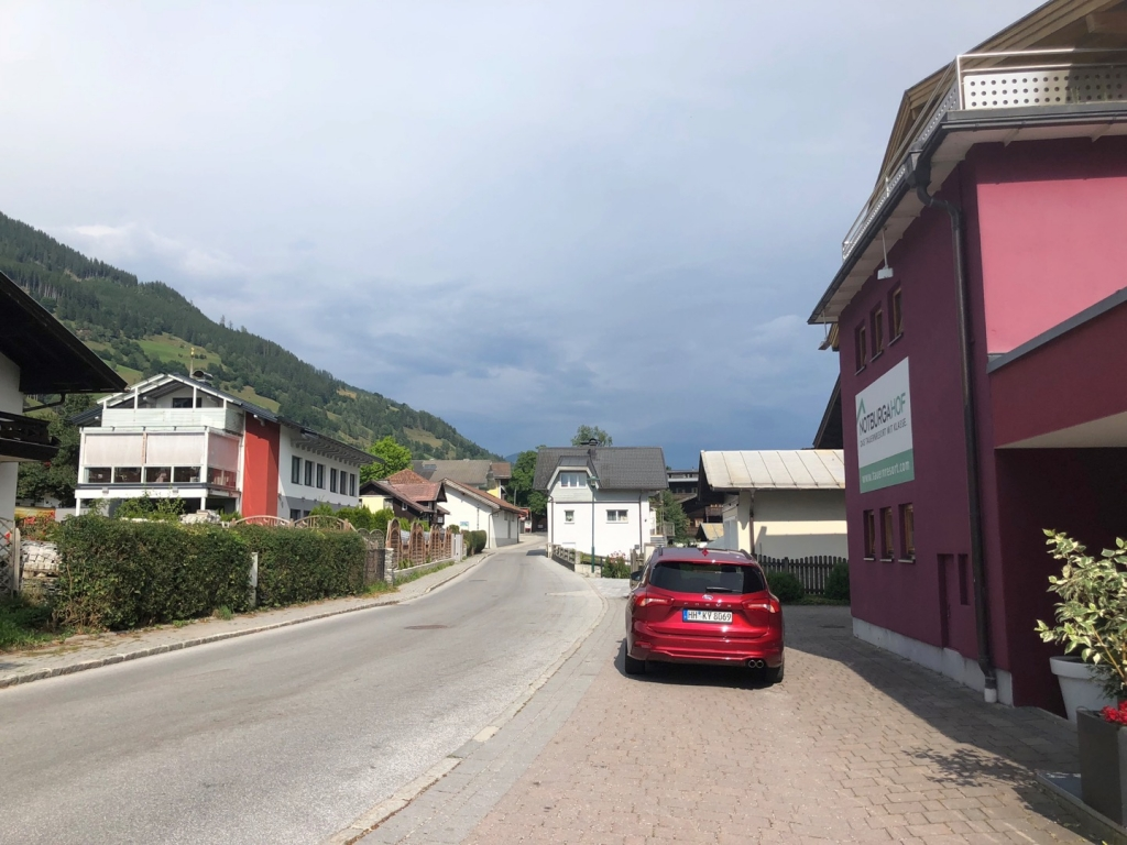 Village Camps International Summer Camp Zell am See, Austria 2019-07-27 https://www.villagecamps.com/journals_admin/images/2251-9828-IMG_5459.jpg